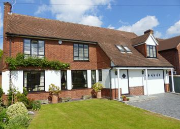 Thumbnail 4 bed detached house to rent in Southview Road, Marlow