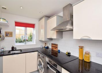 Laurence Hamilton Lane, Ashford, Kent TN23. 3 bed town house for sale