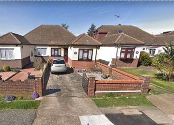 Thumbnail 3 bed property to rent in Mygrove Road, Rainham