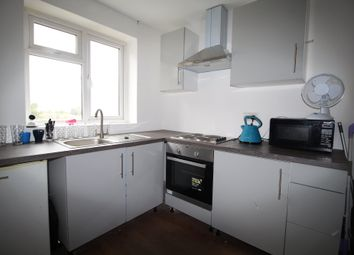 Thumbnail Studio to rent in Wrotham Road, Meopham, Gravesend