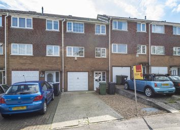 Tadley, Hampshire RG26. 2 bed town house