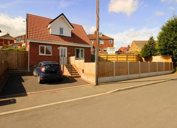 Thumbnail 2 bed detached house for sale in Springbank Avenue, Gildersome, Morley, Leeds