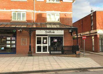 Thumbnail Retail premises to let in Shop 4, Bursledon House, Station Road, New Milton, Hants