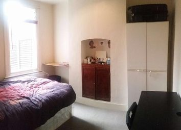 Thumbnail Room to rent in Pearcroft Road, London
