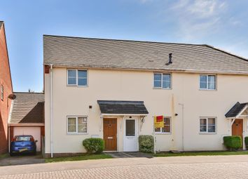 Thumbnail 2 bedroom flat for sale in Flagstaff Square, Thatcham