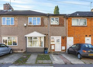 3 bed maisonette for sale in Bramley Crescent, Ilford IG2