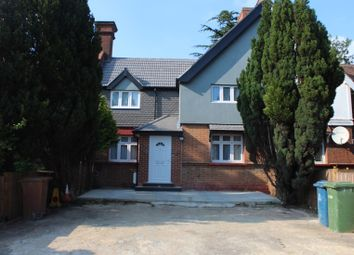 5 bed terraced house to rent in Uxbridge Road, Harrow Weald, Harrow HA3