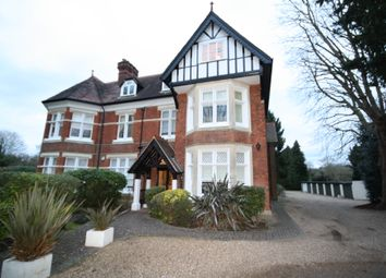 Thumbnail 3 bed flat to rent in Bath Road, Taplow, Maidenhead