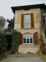 Thumbnail Villa for sale in Lenno, Italy
