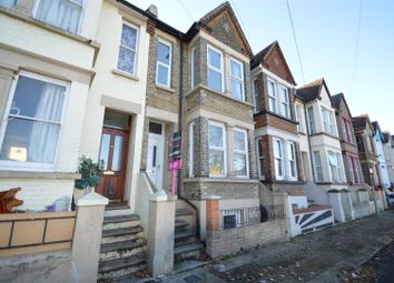 Thumbnail 5 bed property to rent in Ferndale Road, Gillingham