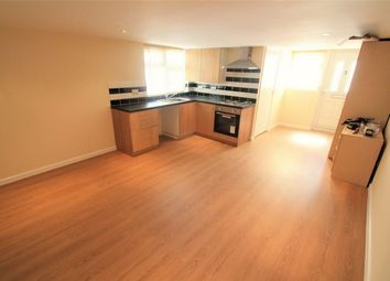 Thumbnail 2 bedroom flat to rent in Norbreck Gardens, London