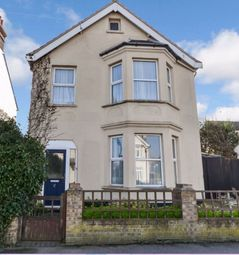 Thumbnail 4 bed detached house to rent in Walton Road, Clacton-On-Sea