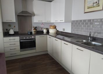 Fishermans Beach, Hythe, Kent CT21. 2 bed flat