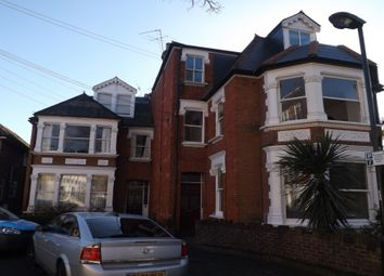 Thumbnail Studio to rent in Denton Road, Twickenham