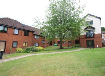 2 bed flat to rent in St. Georges Court, Eaton Avenue, High Wycombe HP12