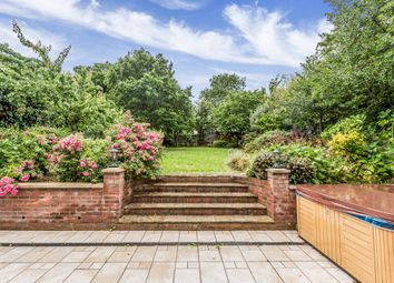 Thumbnail 6 bed detached house to rent in Brook Way, Chigwell