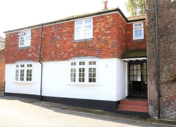 Thumbnail 4 bed detached house to rent in Bank Street, Bishops Waltham, Southampton, Hampshire