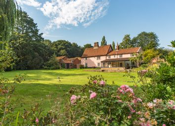 5 bed farmhouse for sale in Reeders Lane, Alpington, Norwich NR14
