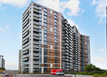 2 bed flat to rent in Deveraux House, Duke Of Wellington Ave, Royal Woolwich SE18