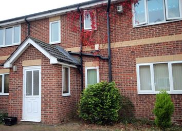 Thumbnail 1 bed flat to rent in Zeals Garth, Hull