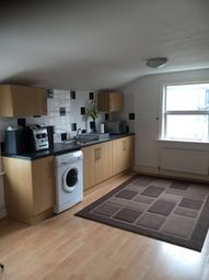 3 bed flat to rent in Crystal Palace Road, London SE22