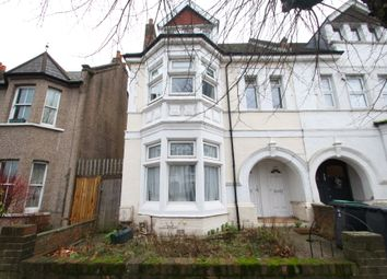 4 bed maisonette to rent in Woodlands Park Road, London N15