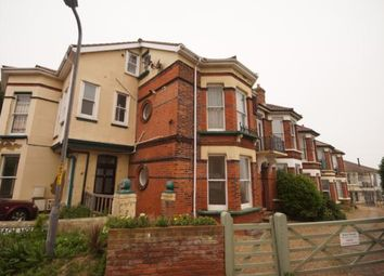 Thumbnail Flat to rent in Beach Houses, Royal Crescent, Margate