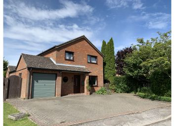 Keepers Close, Cheddington LU7. 4 bed detached house