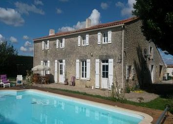 Thumbnail 3 bed property for sale in Genouillé, France
