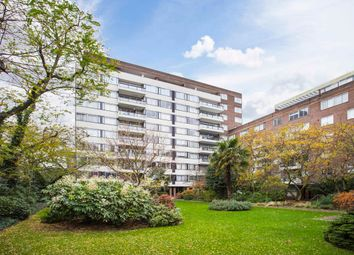 Thumbnail 3 bedroom flat to rent in Southwick Street, London