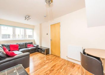Thumbnail 4 bed property to rent in Roding Mews, London