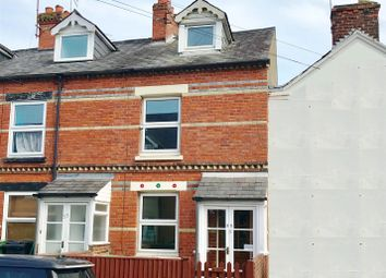 3 bed property for sale in Buckingham Road, Newbury RG14
