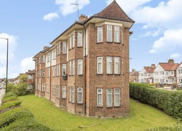Thumbnail 2 bed flat to rent in Donnington Road, London