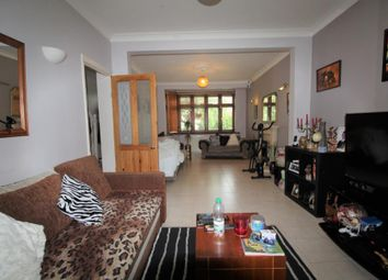 Thumbnail 3 bed property to rent in Colvin Gardens, Waltham Cross