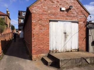 Thumbnail Light industrial to let in 129-131 Grenfell Road, Maidenhead