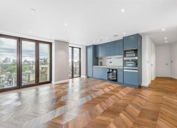 The Hexagon, Covent Garden, London WC2B. 3 bed flat