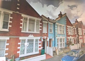 Thumbnail 2 bed flat for sale in Elbe Street, Fulham