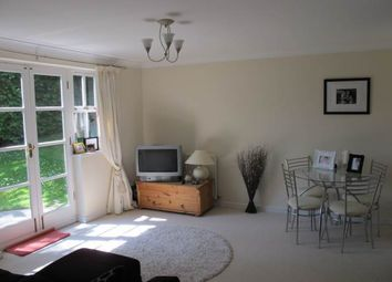 Thumbnail 1 bed flat to rent in High Road, South Woodford, London