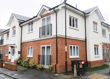 1 Bedrooms Flat to rent in Town Mead, West Green, Crawley RH11