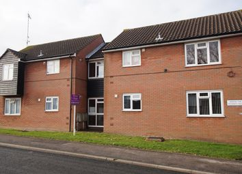 Thumbnail 2 bed flat to rent in Hatfield Road, Rayleigh