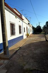 Thumbnail 4 bed villa for sale in Portugal, Algarve, Silves