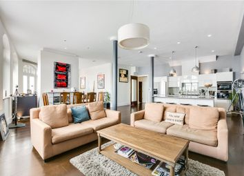 Thumbnail 2 bed flat for sale in Queens Road, Richmond