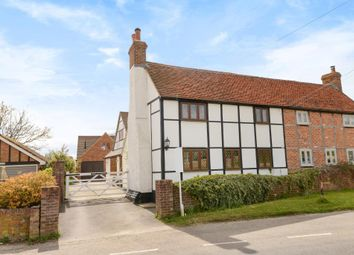 Thumbnail 4 bed cottage for sale in Playhatch, Close To Sonning And Reading