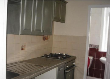 Thumbnail 1 bed flat to rent in Beacon Road, Bradford