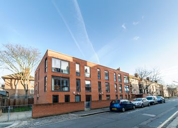 Thumbnail 1 bed flat to rent in Smedley Street, London