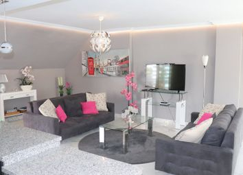 Thumbnail 3 bed apartment for sale in La Maestranza, Nueva Andalucia, Marbella