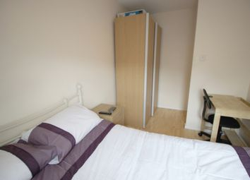 Thumbnail Room to rent in Rotterdam Drive, Room To Let
