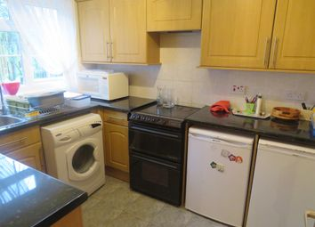 Thumbnail 3 bed semi-detached house for sale in Kittiwake Close, Ifield, Crawley