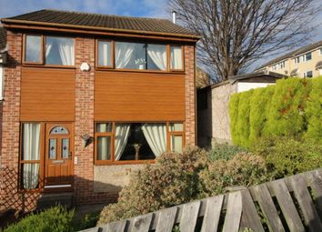 3 bed town house for sale in Sherwood Close, Dewsbury WF13