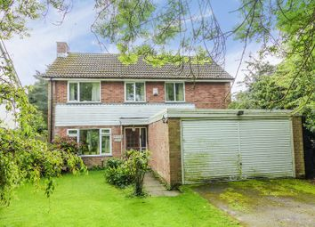 Thumbnail 4 bed detached house for sale in Bovingdon Green, Marlow